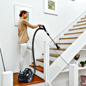 WHAT! A Powerful Vacuum Without Cords?