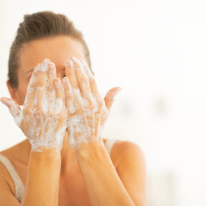5 Natural Treatments for Acne