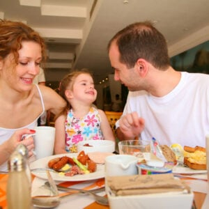 6 Tips For Eating Out With Kids