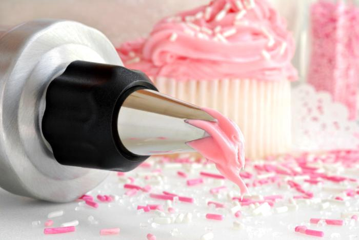 Interested in Starting a Hobby in Cake Decorating