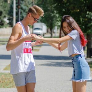 Teenage Dating: How Young Is Too Young?