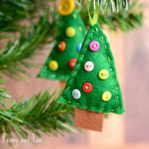 Felt Christmas Trees That Kids Can Make!