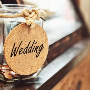 4 Ways to Save On Your Wedding Expenses