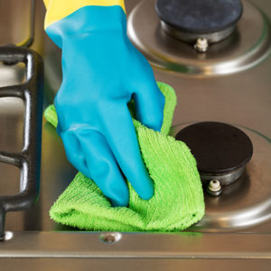 How to Clean a Stove Cooktop