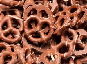 Ten Things You Must Dip In Chocolate