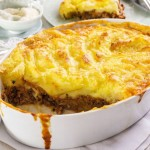 Slow Cooker Shepherd's pie | Stay at Home Mum