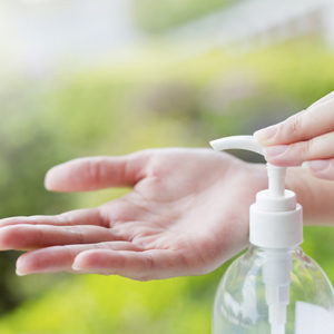 You Only Need 3 Things To Make Your Own Hand Sanitiser!