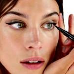 alexa chung eyeliner 01 | Stay at Home Mum.com.au
