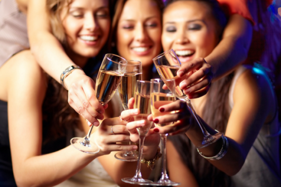 30+ Fantastic and Fun Ideas for a Girls Night Out