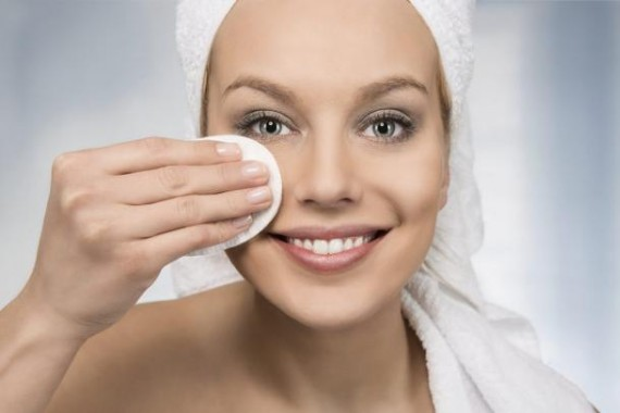 body care happy attractive women removing makeup bathroo e1448245417813 | Stay at Home Mum.com.au