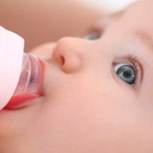 5 Ways to Wean Your Child From Bottle Feeding