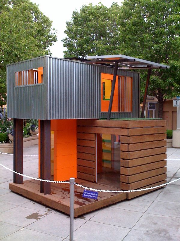 Simple Container Cubby House