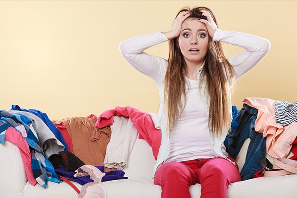 11 Easy Ways To Declutter (So Easy You Can Start Today!)