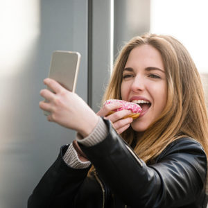 9 Life Experiences Altered By Smartphones