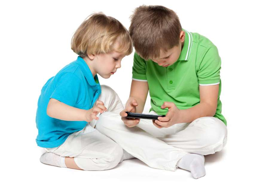 Over-Reliance On Modern Technology Causing Digital Dementia In Children | Stay At Home Mum