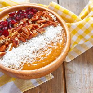 Carrot Cake Smoothie Bowl