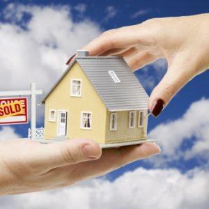 Should You Choose a Mortgage Broker or Bank?