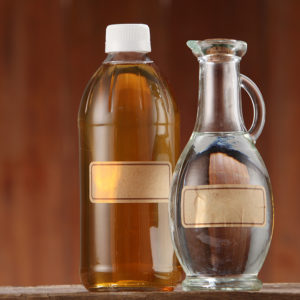 10 Uses for Vinegar in the Laundry