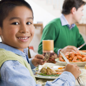 Why You Need To Make Time For Family Dinners