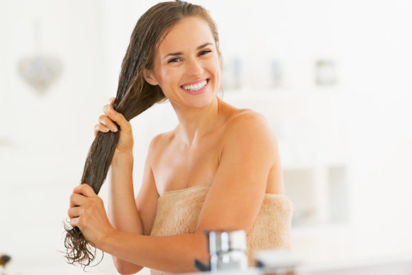 4 Reasons Why You Should STOP Washing Your Hair Often