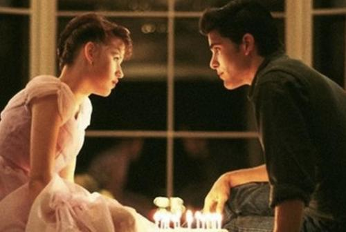 How many candles was on Molly Ringwald's cake?