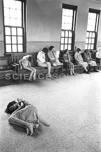 9M0610 Female patients in Ohio Insane Asylum   Stay at Home Mum.com.au