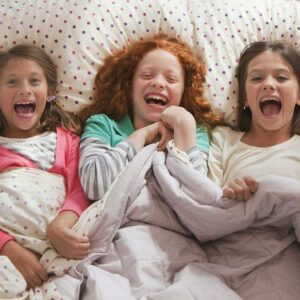 6 Tips To Prepare Your Child For Sleepovers