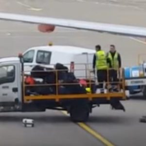 Baggage Handlers Lack Luggage Respect