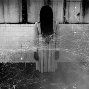 10 Scary Photos That Prove Ghosts Do Exist