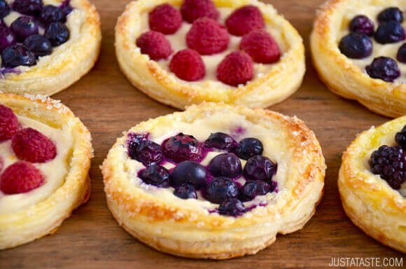 fruit cream cheese breakfast pastries | Stay at Home Mum.com.au