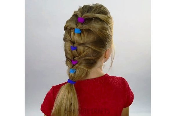 1-Minute Hairstyle Ideas for Hyperactive Girls