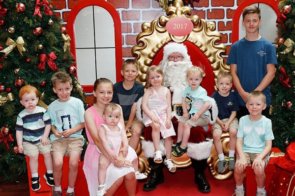 Mum-Of-Ten Reveals How Much It Costs To Celebrate Christmas