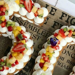26 Unique Letter and Number Cakes for Birthdays