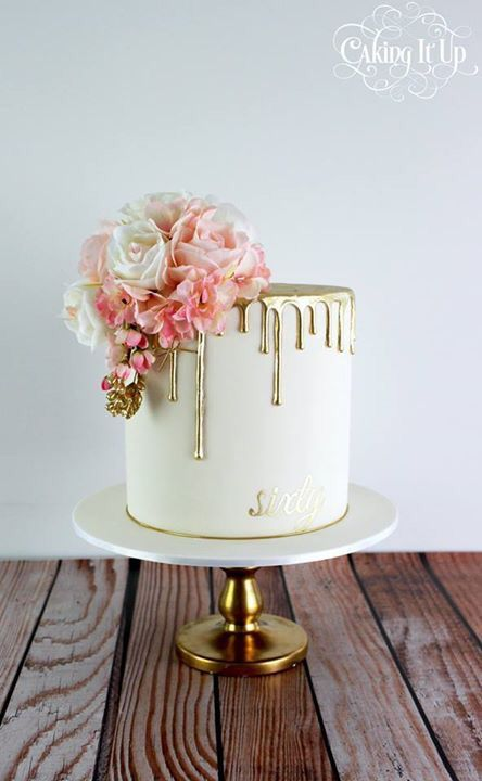 22 Simple One-Tier Wedding Cakes for a Frugal Wedding | Stay At Home Mum