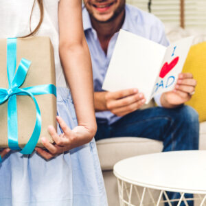 21 Best Father's Day Gift Ideas Under $200 That Dads Will Surely Love!