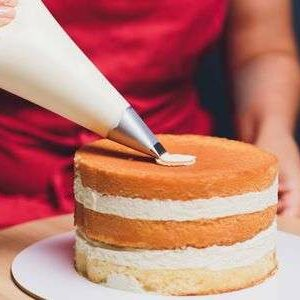 Become a Cake Decorator or Caterer