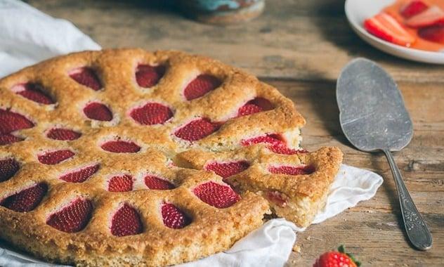 Strawberry Cake 5 | Stay at Home Mum.com.au