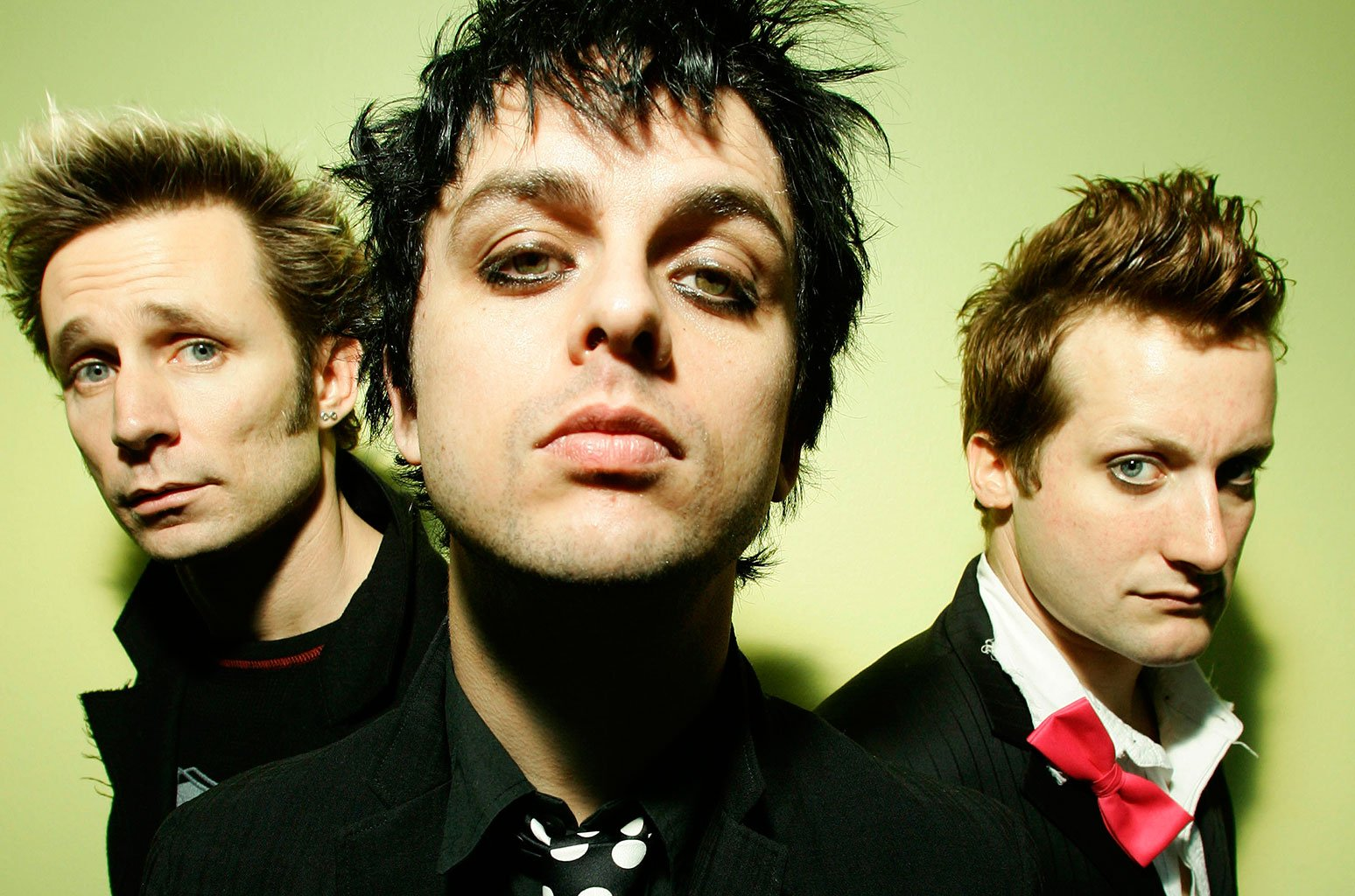 Who is the Lead Singer of Green Day?