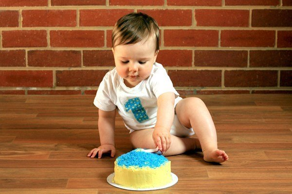 10 Sugarless Cake Ideas for Baby's First Birthday