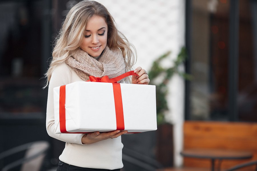 How to Start Your Own Subscription Box Business