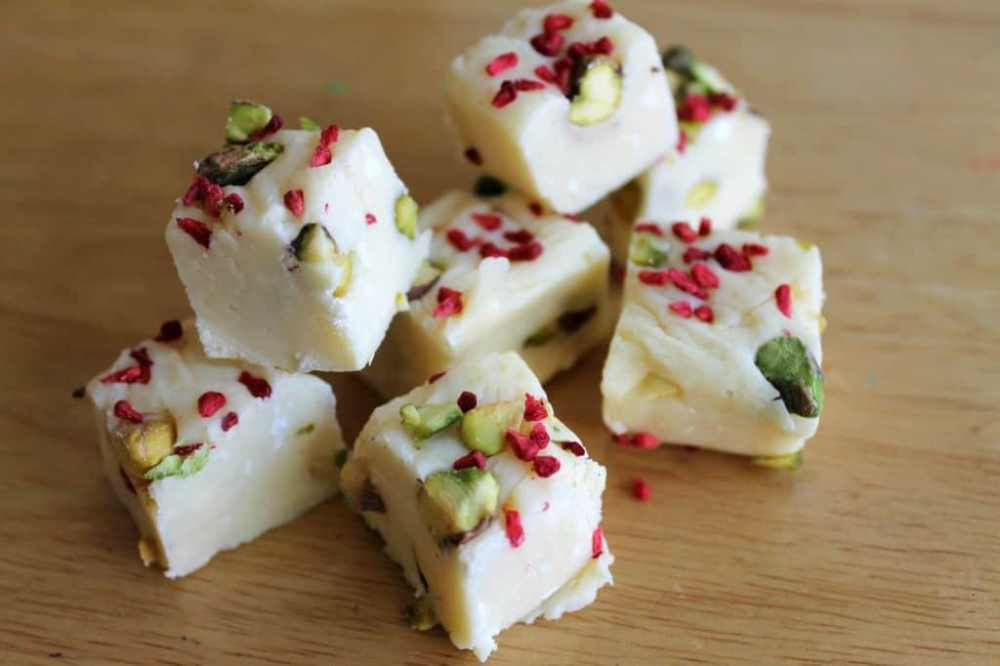 slow cooker white chocolate fudge 1 | Stay at Home Mum.com.au