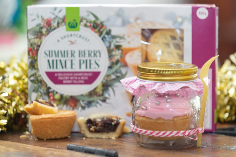 Funfetti Whipped Fruit Mince Pie in a Jar | Stay at Home Mum