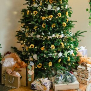 Have a Merry Christmas With These Sunflower Christmas Trees!