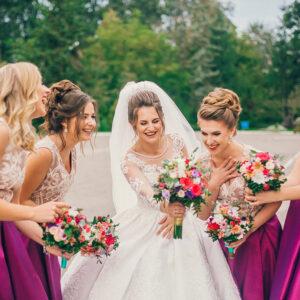 8 Gorgeous Bridesmaid Colour Schemes
