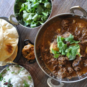 Slow Cooker Spiced Beef and Vegetable Curry