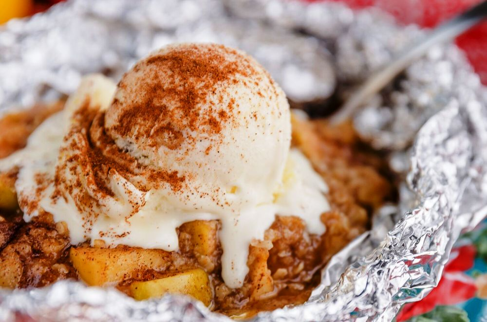 20 Delicious Campfire Desserts Cooked in Foil