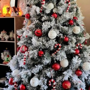 Show Me Your Trees! Our Top 15 Favourite Christmas Trees From Our Followers