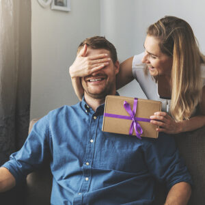 12 Best Romantic Valentine's Day Gifts for your Husband