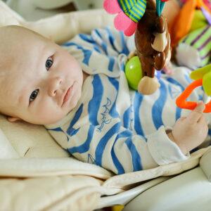 10 Best Baby Swings To Put Your Newborn to Sleep 2021
