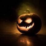 15 Easy Outdoor Halloween Decorations to Scare Trick or Treaters